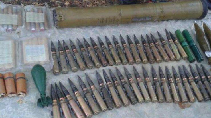 ВМариуполе обнаружили оружие, похищенное боевиками извоинской части в 2014-ом