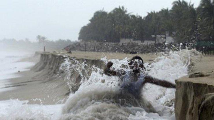 Трамп объявил режимЧП наВиргинских островах из-за урагана «Мария»
