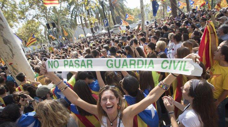 Власти Испании посоветовали Каталонии сделку