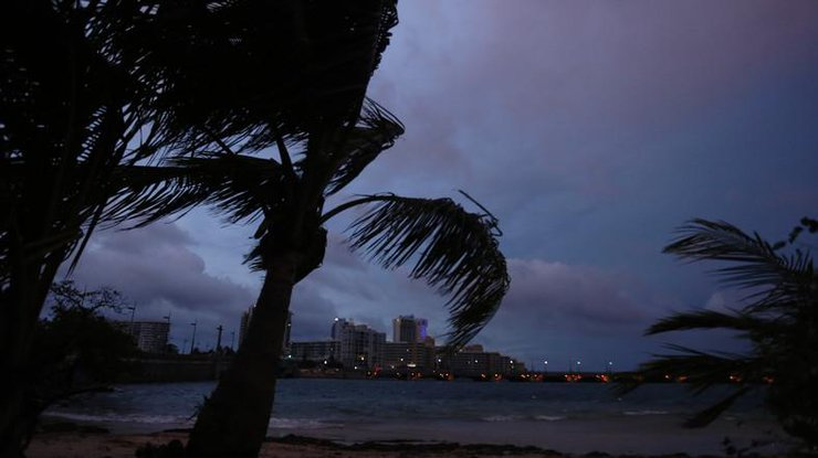Граждан северо-запада Пуэрто-Рико срочно эвакуируют
