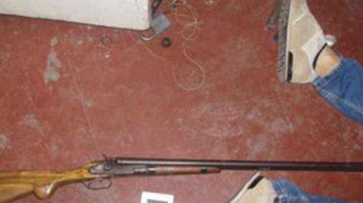 ВОдесской области ребенок прострелил себе голову издвустволки