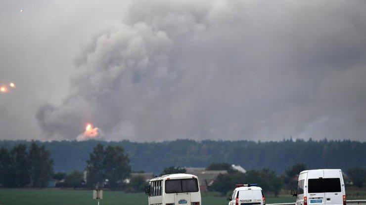 Пожар наскладах вКалиновке показали свысоты птичьего полета