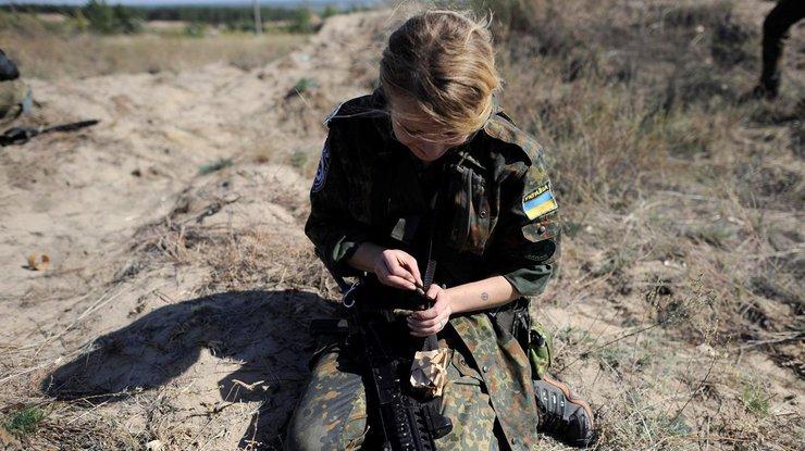 Великолепно: вВСУ разработали убойное нижнее белье для военнослужащих-женщин