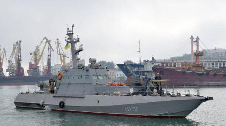 ВМС Украины приняли навооружение два бронированных баркаса