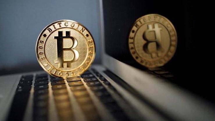 Bitcoin упал вцене до $13 тыс.