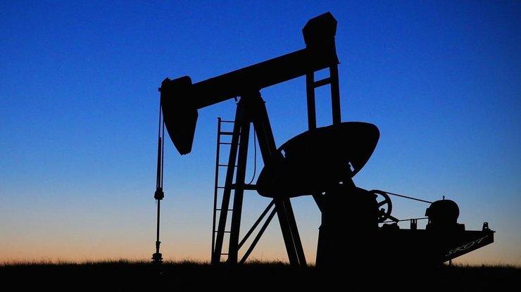 Цены нанефть понижаются, Brent торгуется ниже $69 забаррель