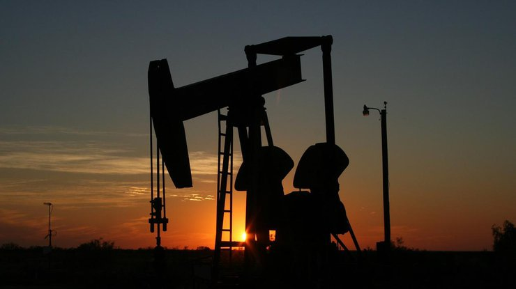 Нефть дешевеет нафоне роста добычи вСША