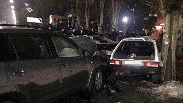 ВМелитополе столкнули 5 авто — ужасное ДТП