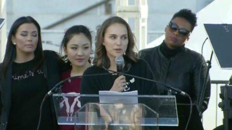 Натали Портман поведала опережитом вподростковом возрасте «сексуальном терроризме»