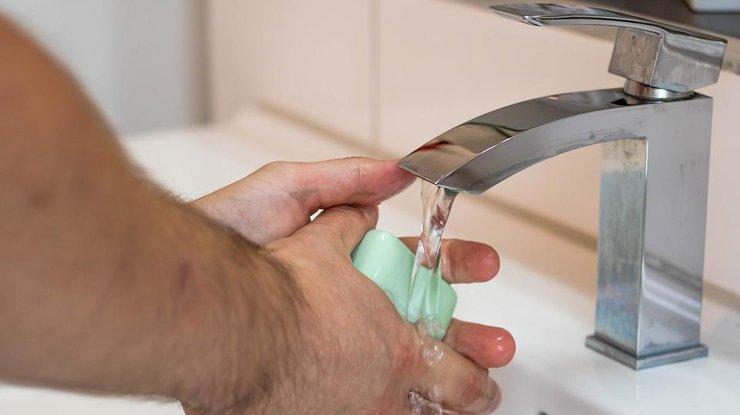 Горячая вода вдомах киевлян появится доконца недели— Гройсман