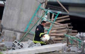 Обрушение здания в Мексике