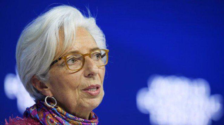 Прогноз мировой экономики грозится ухудшить МВФ