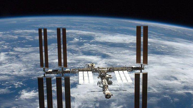 Астронавт NASA снял наМКС клип для группы The Tragically Hip