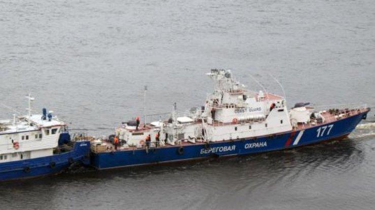 ГПСУ: Вакваторию Азовского моря вошли два военных корабля Российской Федерации