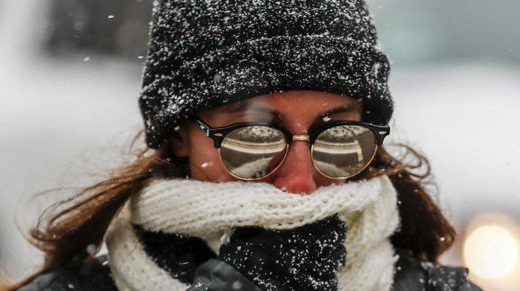 В США снежный шторм парализовал города