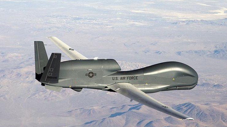 Самолет-разведчик ВВС США найден уграниц РФ