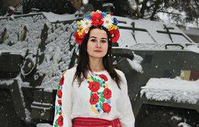 Украинские военнослужащие девушки