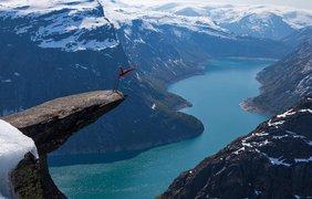 Язык Тролля, гора Скьеггедаль, Норвегия. Фото flickr.com/Dag Endre Opeda