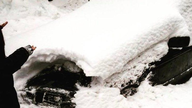 Жительница столицы Украины «потеряла» автомобиль вснегу