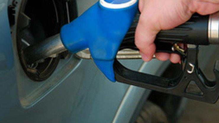 Водителям назаметку: бензин вУкраинском государстве может подорожать на1 гривну