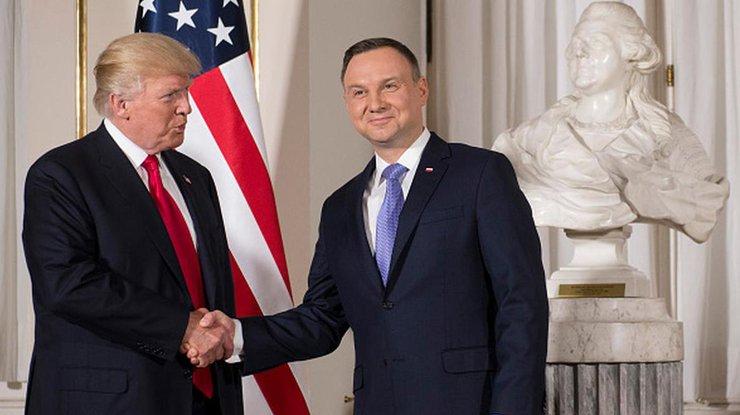 США запретили двухсторонние контакты сПольшей вБелом доме