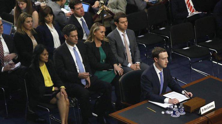 Фейсбук будет платить заинформацию обутечке персональных данных