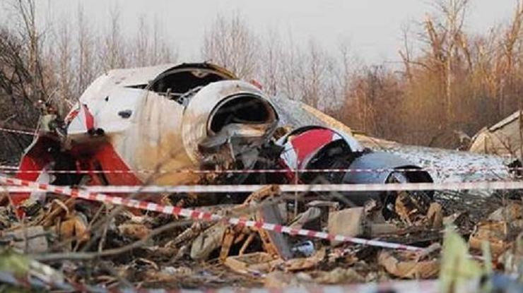 Польша продлила следствие поделу смоленской авиакатастрофы