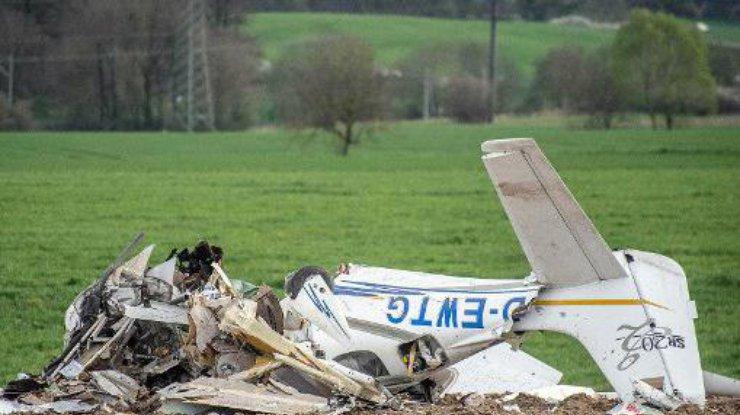 Два человека погибли при столкновении легкомоторных самолетов наюго-западе Германии