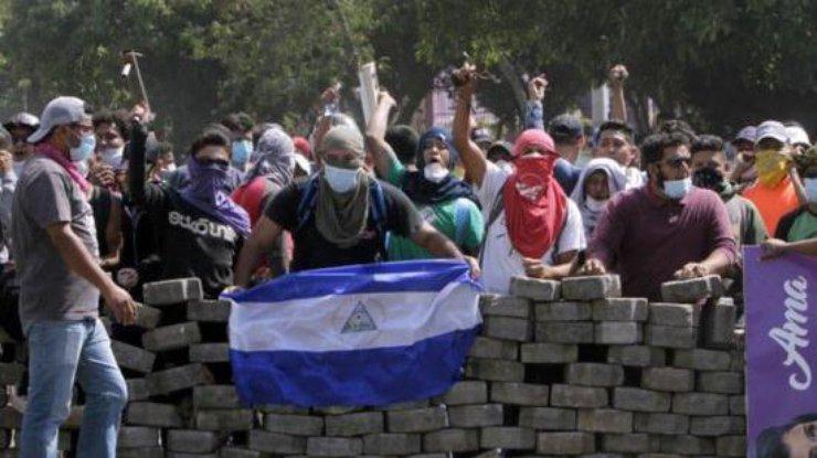 Смерть в эфире в Никарагуа застрелили журналиста во время Facebook-трансляции
