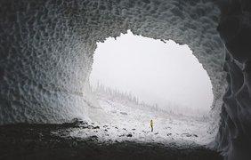 5. Ледяные пещеры. Фото: MICHAEL GRIBBIN, NATIONAL GEOGRAPHIC YOUR SHOT