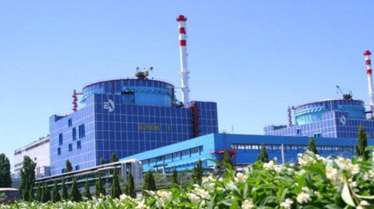 Энергоблок Хмельницкой АЭС автоматом отключился отсети