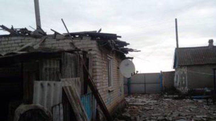 Боевики ночью обстреляли Троицкое из артиллерии, погибли мирные жители
