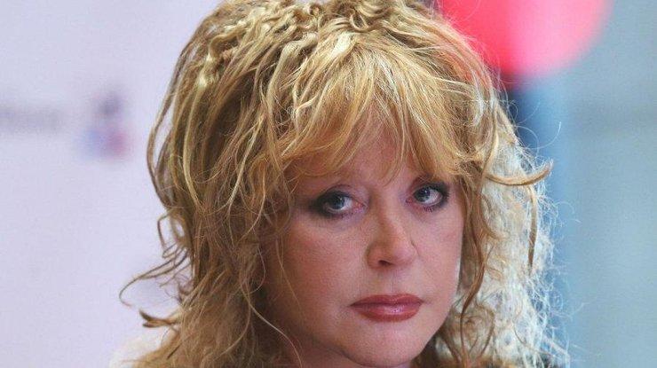 УАллы Пугачёвой появились усы иволосы наподбородке