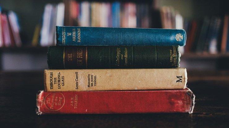 Билл Гейтс составил около список книжек для летнего чтения