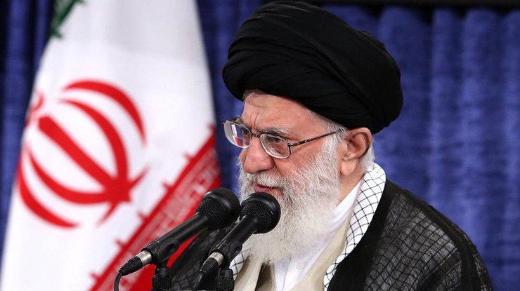 Аятолла Али Хаменеи. Фото twitter.com/khamenei_ir