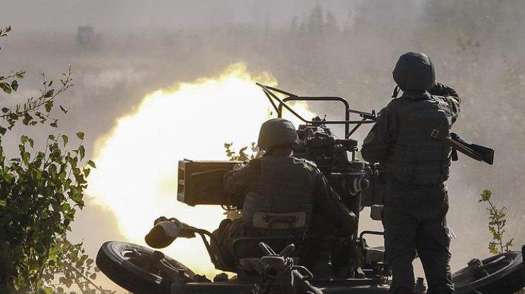 Боевики уничтожили авто сгуманитарной помощью