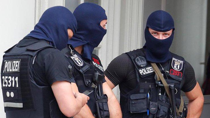 ВМюнхене неизвестный сножом убил девушку иранил 3-х человек