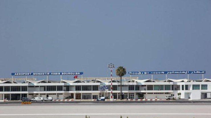 ВТунисе застряли около 300 украинцев из-за разборок авиакомпании итуроператора