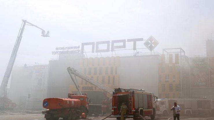Пожару присвоен четвертый номер вызова. Фото: ТАСС
