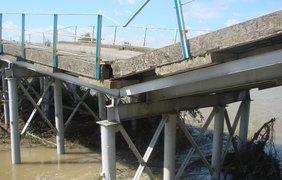 В Ивано-Франковской области обрушился мост