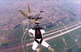 Спортсмены-парашютисты будут принимать участие в престижных соревнованиях. Фото: mil.gov.ua