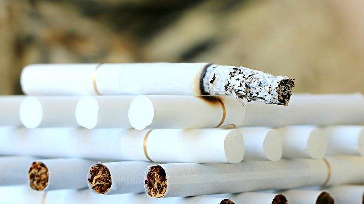 Кабмин планирует повысить акцизы насигареты более чем на30%