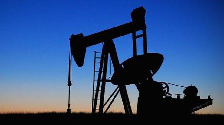 Цена на нефть стремительно растет