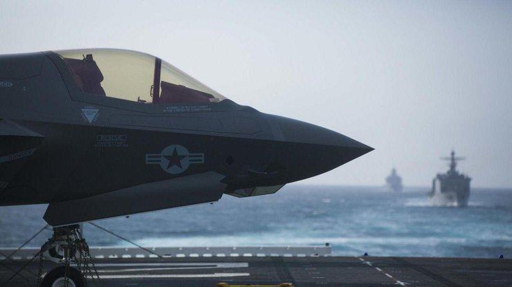Америка впервый раз использует вбою истребитель 5-ого поколения