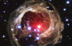 V838 Единорога - необычная переменная звезда в созвездии Единорога