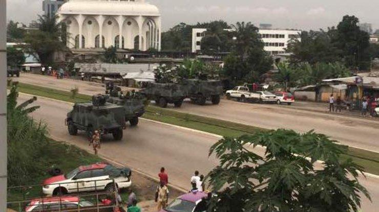 Власти Габона сообщили осрыве попытки военного перелома