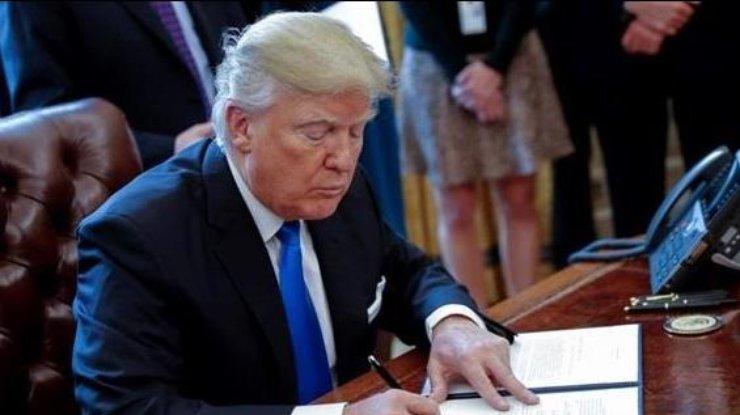 Трамп объявил, что встреча поторговле сСиЦзиньпином пока неназначена