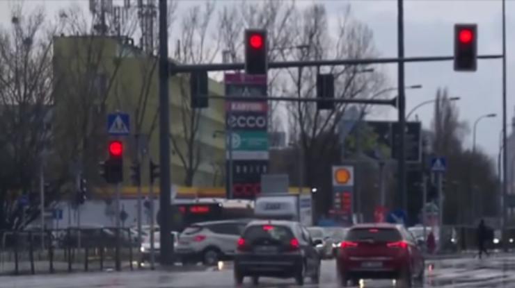 d8424ad96 Из-за урагана в Польше травмированы люди и нет электричества ...