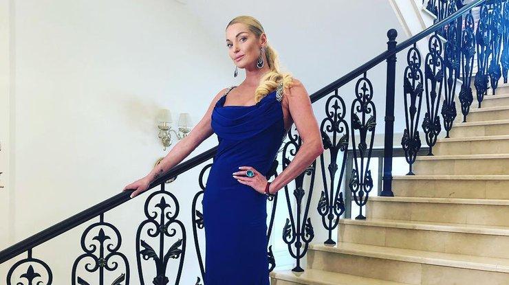 The Sun раскритиковал Анастасию Волочкову за использование фотошопа
