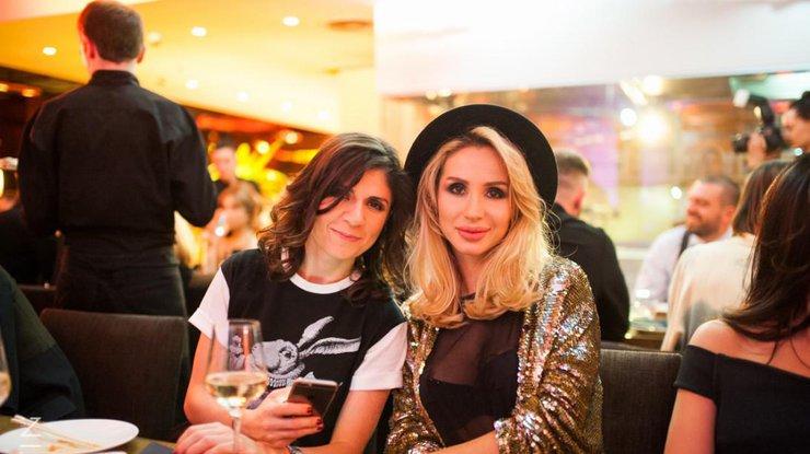 Светлана Лобода вполуобнаженном виде намекнула навыход новейшей песни